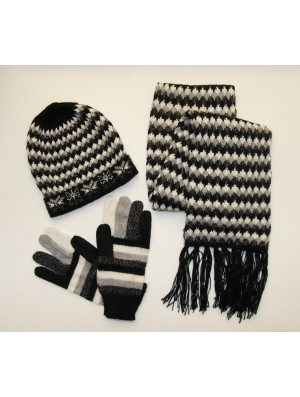 Set - Cap, Glove, Scarf - Four Colors